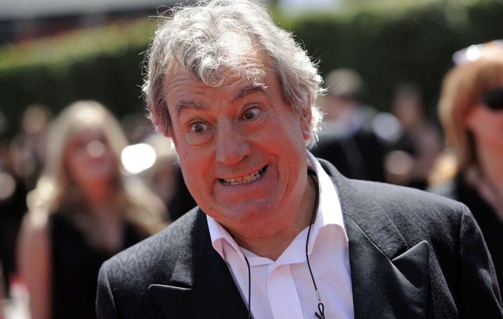 Terry Jones, dos Monty Python, morreu aos 77 anos