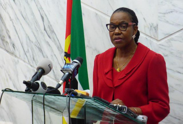 Presidente de Moçambique acomoda mais duas mulheres no seu Governo