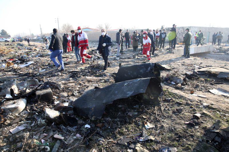 Avião ucraniano com 176 pessoas a bordo cai no Irão. Não há sobreviventes