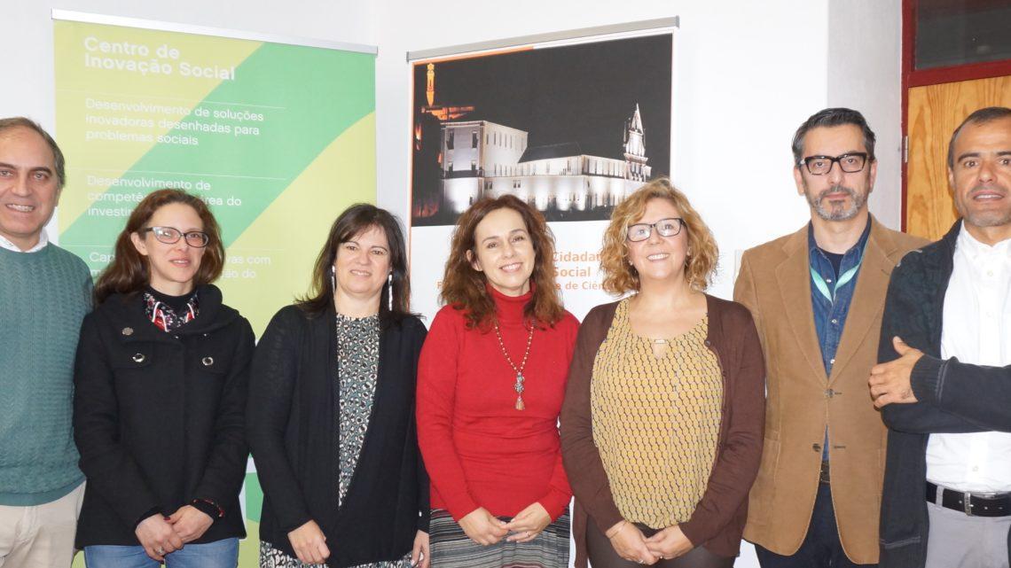 Universidade de Coimbra   Inovação Social: como medir o impacto e o valor do sorriso de uma criança?