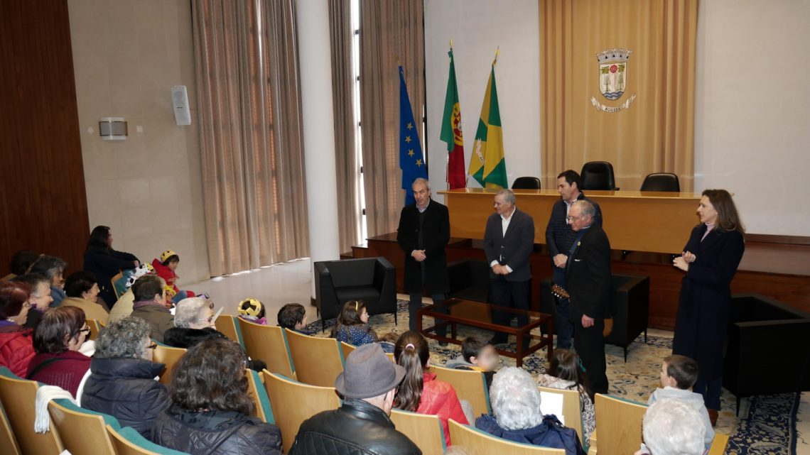 IPSS's cantam as Janeiras na Câmara de Águeda
