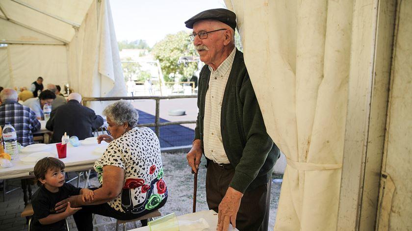 Fechado aumento de dez euros para pensões mais baixas