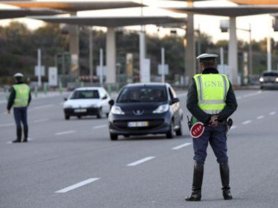 GNR detém em Alcabideche jovem de 25 anos, já referenciado, por fuga em contramão na autoestrada