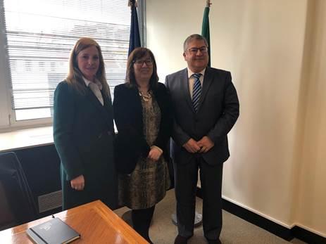 Melhoria das condições das escolas de Porto de Mós debatida no Ministério da Educação