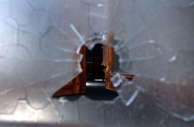 Tiroteio em centro comercial faz pelo menos 17 mortos na Tailândia