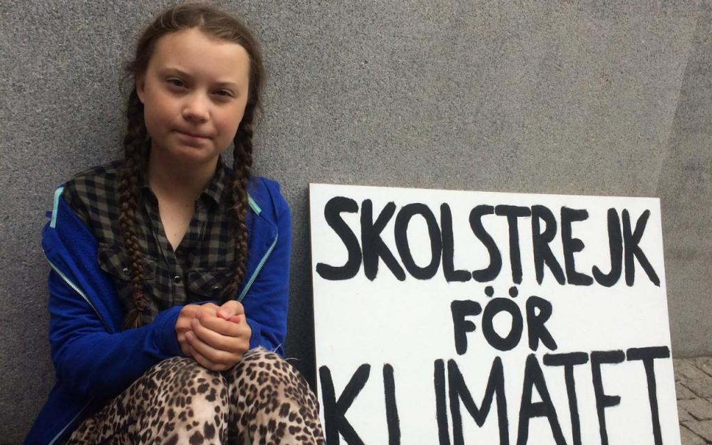 Ativista Greta Thunberg blinda nome como marca comercial