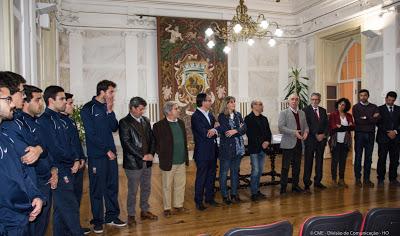 Câmara Municipal de Évora homenageia atletas da seleção de Seniores Masculinos da Associação de Futebol de Évora