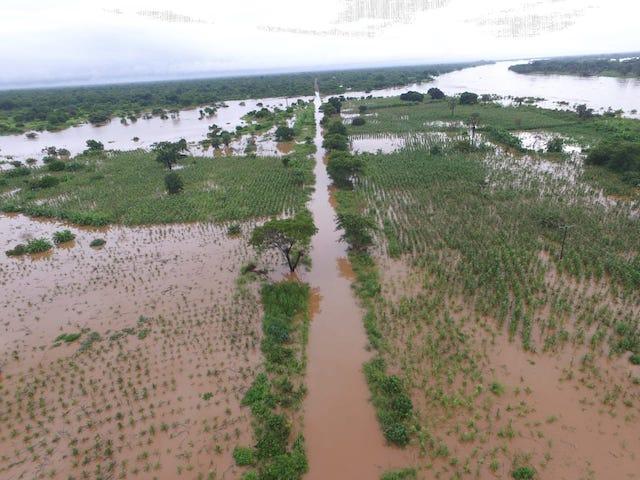 Moçambique | Bacias do Búzi, Púnguè e do Zambéze estão a causar inundações, chuva vai continuar em Manica, Tete e na Zambézia