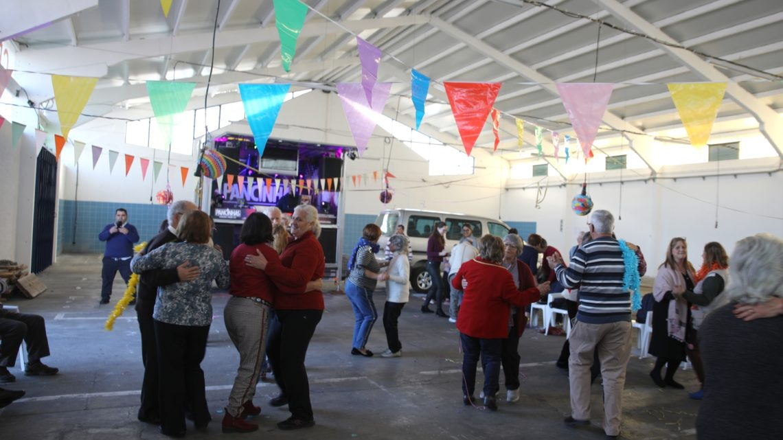 No âmbito do projeto Tardes Comunitárias: Dar mais Vida aos Anos – Município de Cantanhede promove Baile de Carnaval
