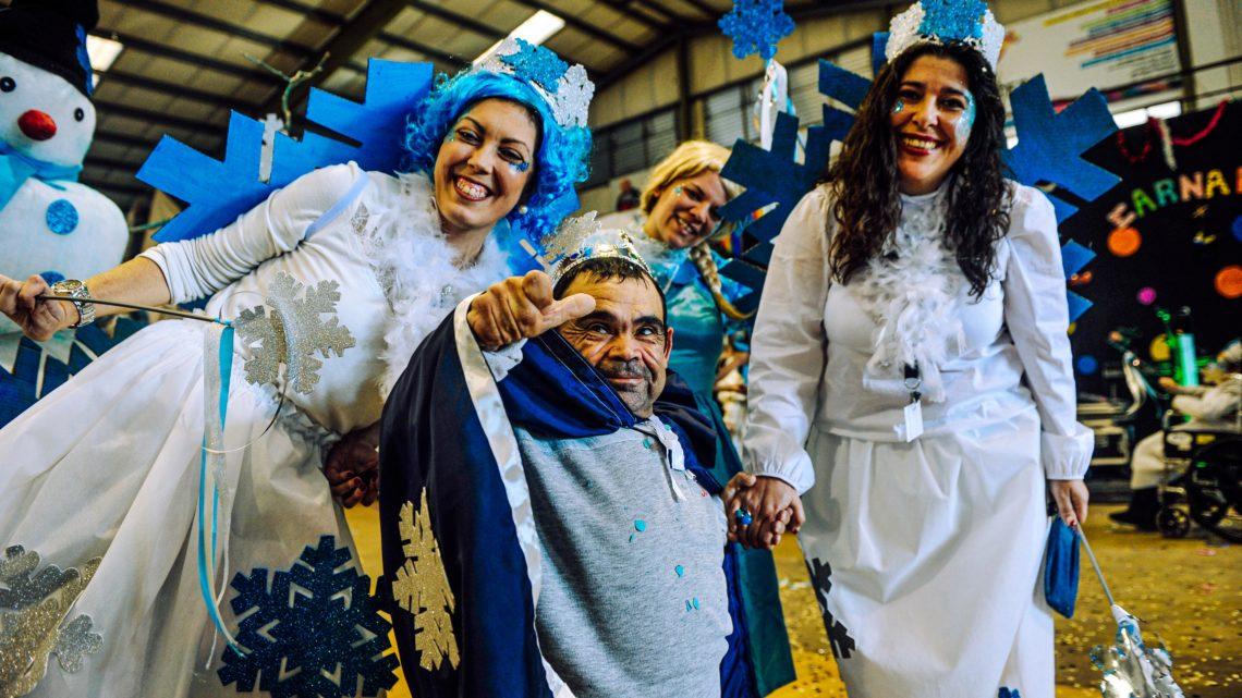 Baile de Fantasias com 700 idosos inicia folia carnavalesca nas Caldas da Rainha