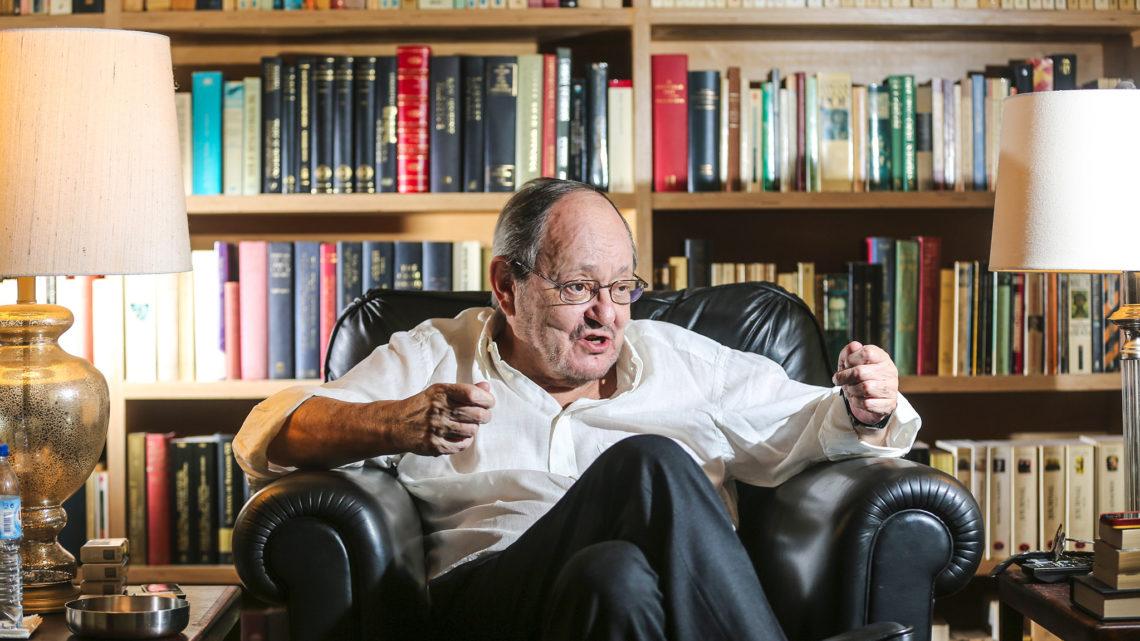 Sobre Vasco Pulido Valente, escritor, ensaísta e comentador político português, morreu esta sexta-feira. Tinha 78 anos.