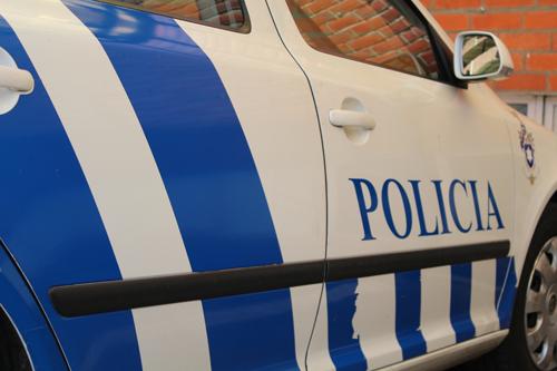 Aveiro: Dupla roubou e agrediu adolescente na via pública