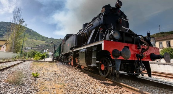 Comboio Histórico a Vapor do Vouga: CP recupera mais duas carruagens históricas do Século XX