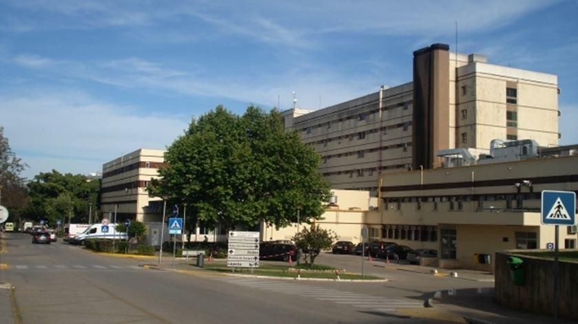 Hospital de Faro sem serviços de cirurgia