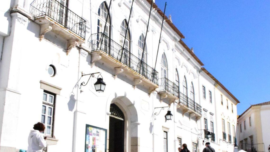 Em reunião pública de 11 de Março de 2020: Câmara de Évora denunciou iniquidade na distribuição de fundos públicos
