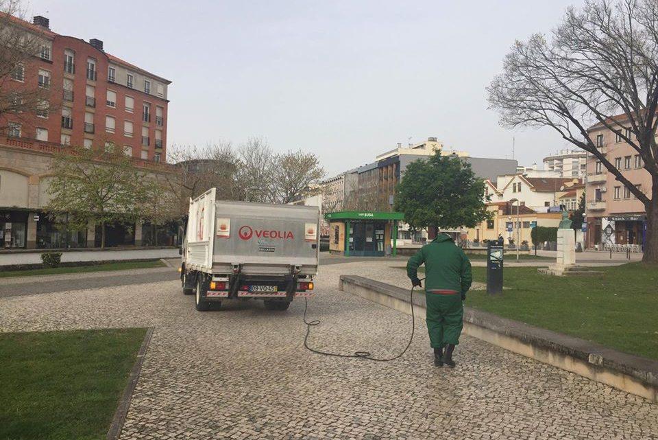 Covid-19 / Aveiro: Constrangimentos na recolha de lixo e limpeza urbana
