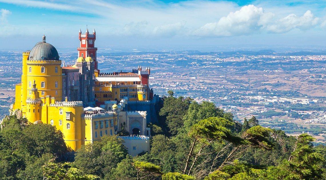 A Parques de Sintra ENCERRA Parques e Monumentos