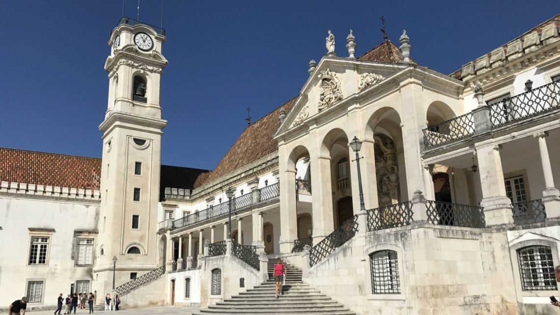 Vários estudantes estrangeiros de Coimbra decidem sair e número pode crescer