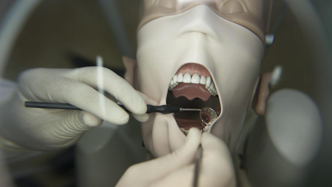 COVID-19: Centro de Investigação da UC cria grupo de trabalho dedicado à Medicina Dentária no período pós-pandemia