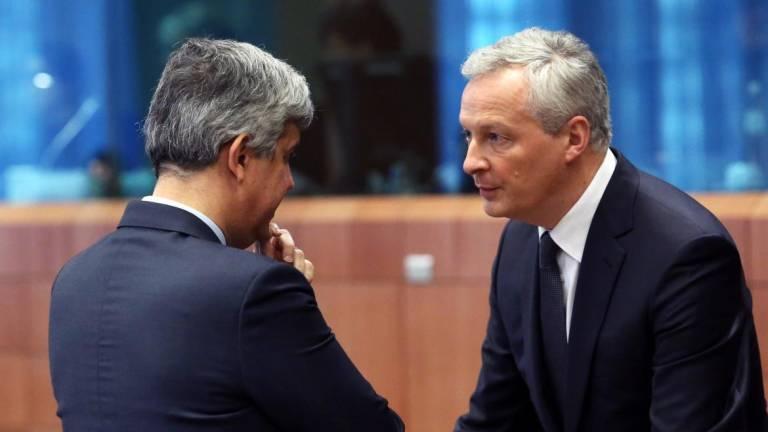 Ministros das Finanças europeus 'obrigados' a entenderem-se hoje