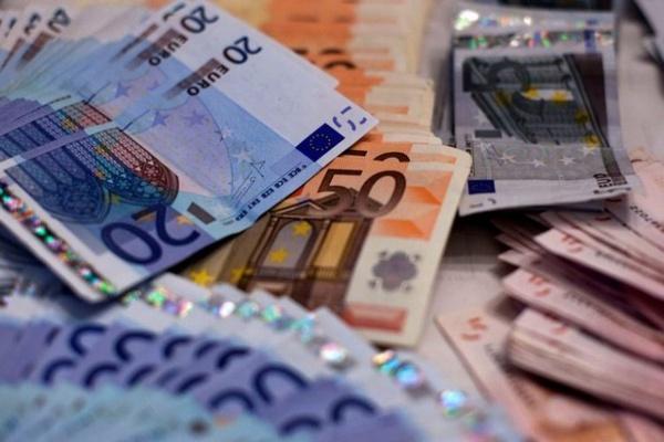 Grupo de cidadãos quer que Governo suspenda pagamentos à banca e às PPP rodoviárias