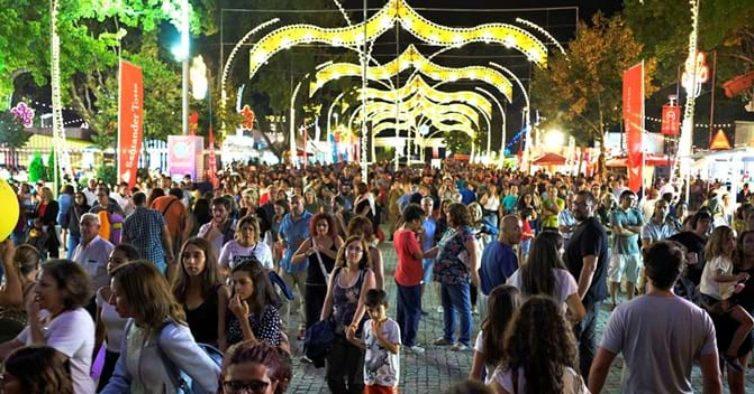 """Feira de São Mateus conquista """"Prémio 5 Estrelas"""" e nomeação às """"7 Maravilhas da Cultura Popular"""""""