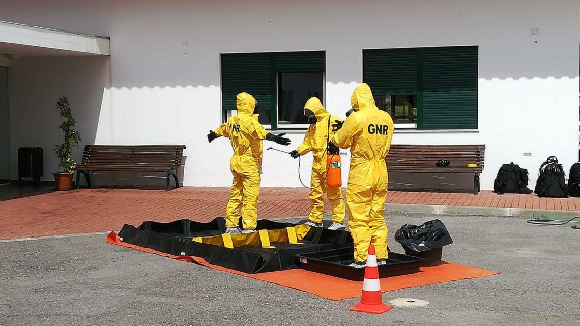 Serpa | Especialistas desinfetam lar de Vila Verde de Ficalho