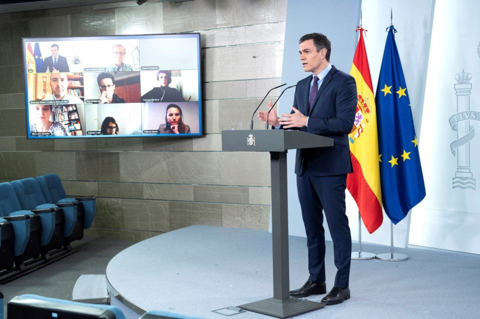 """Confinamento em Espanha continuará """"pelo menos"""" mais duas semanas"""