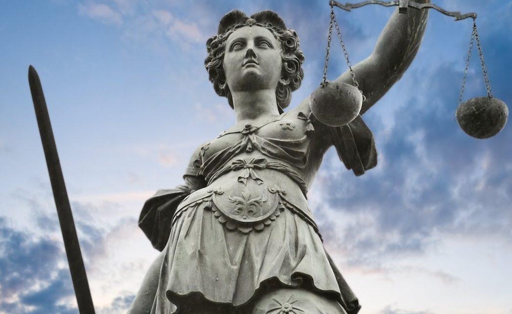 Ordem dos Advogados lamenta rejeição pela Assembleia da República do apoio social à classe