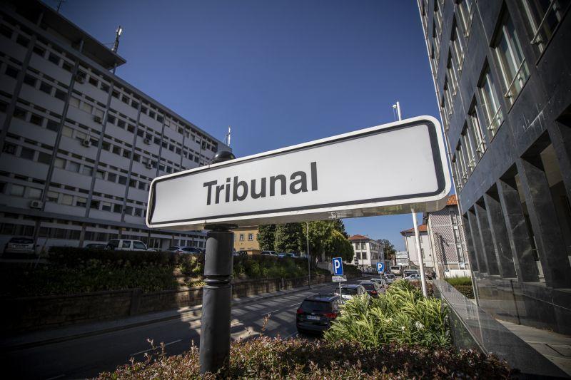Fisioterapeuta condenado a prisão domiciliária por violar rapariga na Feira