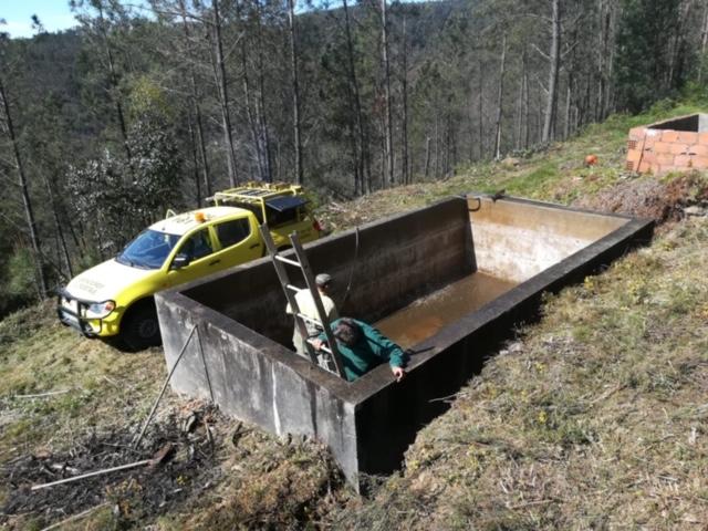 Águeda | Sapadores Florestais fazem manutenção dos reservatórios de água no concelho