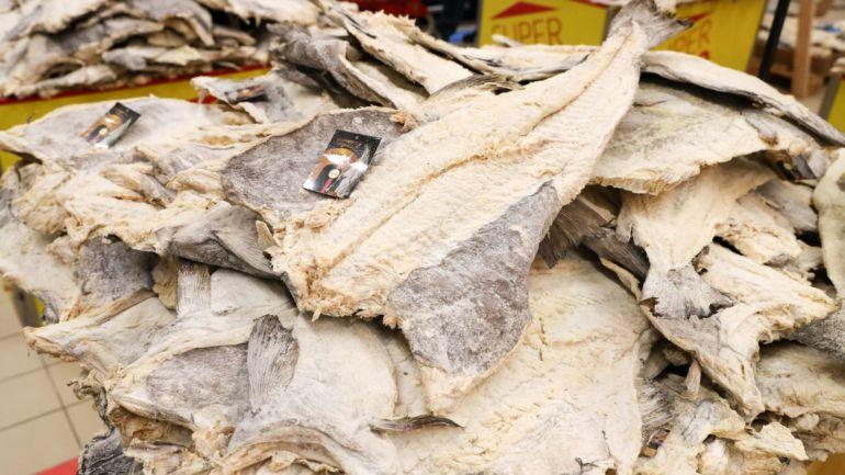 Industriais do bacalhau pedem ajuda a empresas de distribuição e restaurantes
