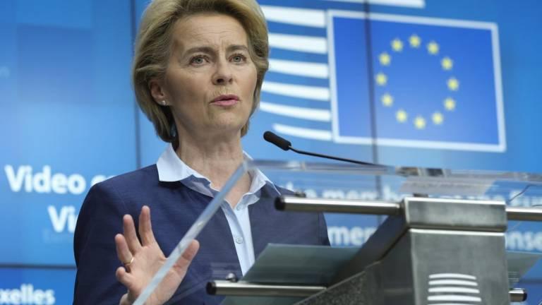 Bruxelas ameaça Alemanha com processo de infração por acórdão sobre BCE