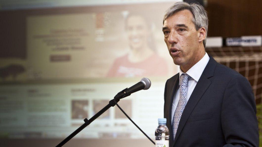 Ministro da Defesa admite apoio de Portugal se Maputo o pedir