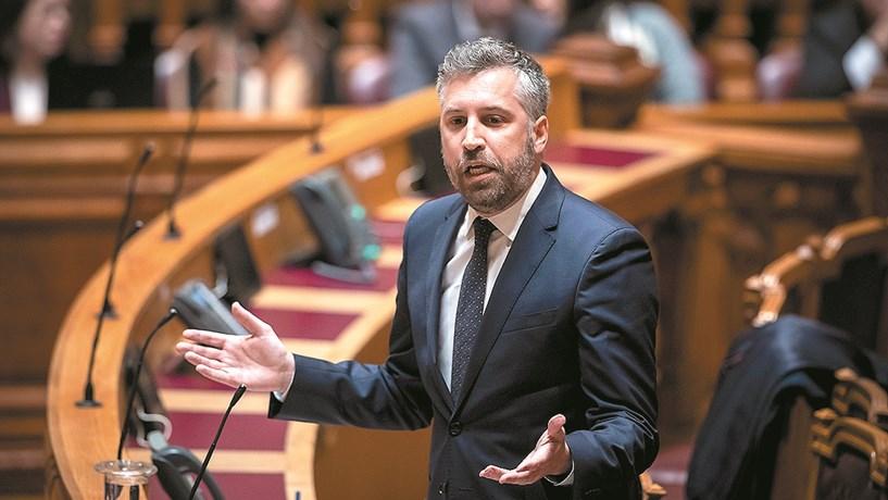 """Pedro Nuno Santos: """"Plano de ajuda à TAP foi imposto por Bruxelas"""""""