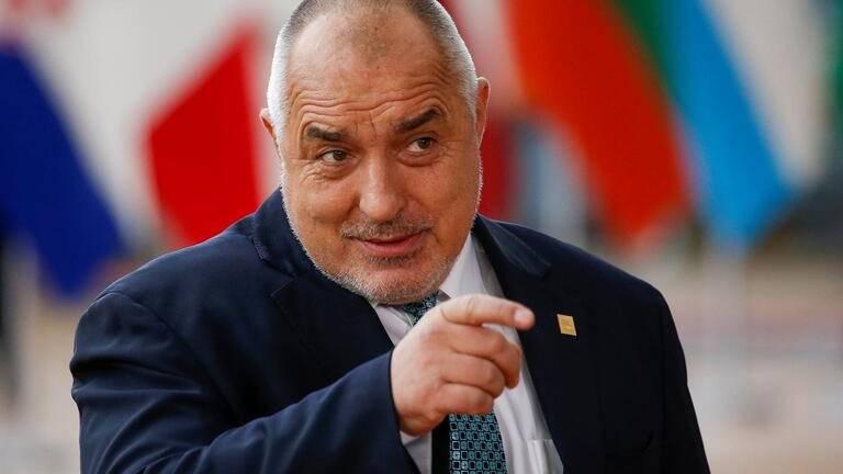 PM búlgaro vai ser multado por estar sem máscara em visita a mosteiro