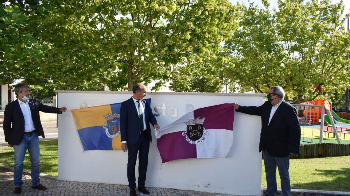 Ansião | Inauguradas obras de beneficiação da Praça Costa Rego, em Avelar