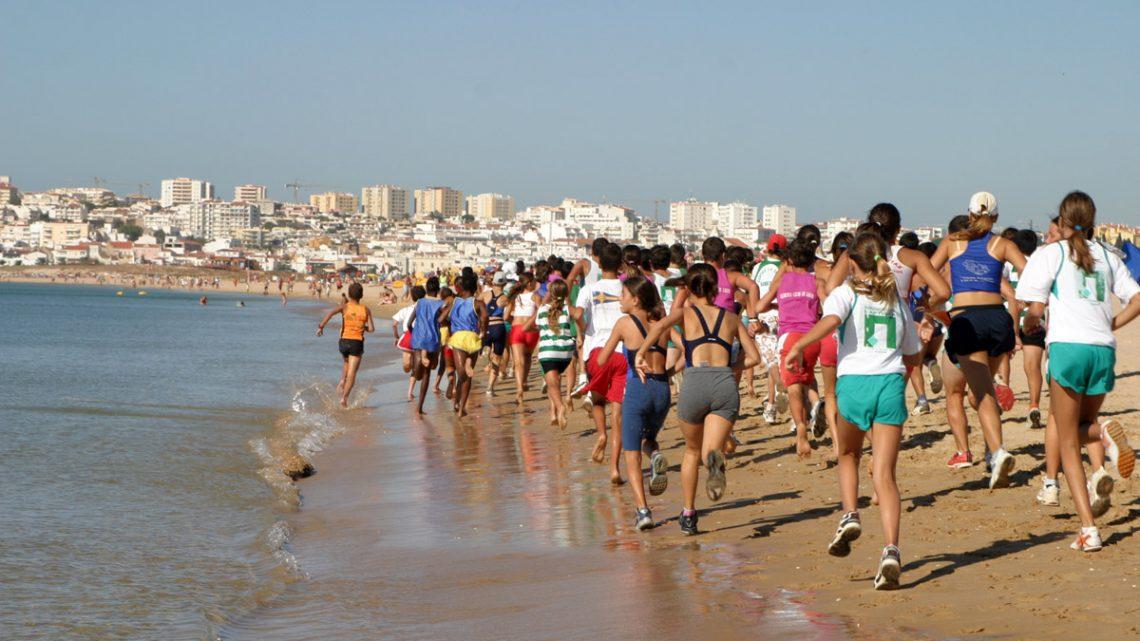 Quebras no turismo triplicam desemprego no Algarve