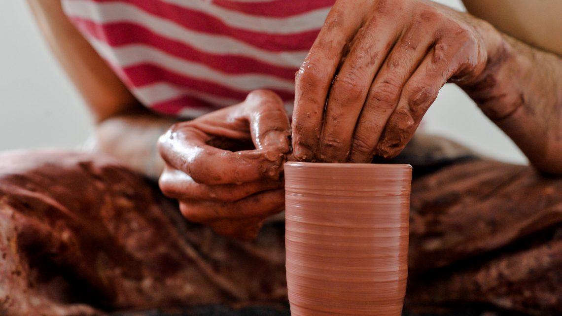 """""""Caldas, Cidade Criativa da Unesco"""" Câmara lança programa de aquisições para ceramistas locais"""