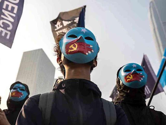 Hong Kong no pelourinho comunista