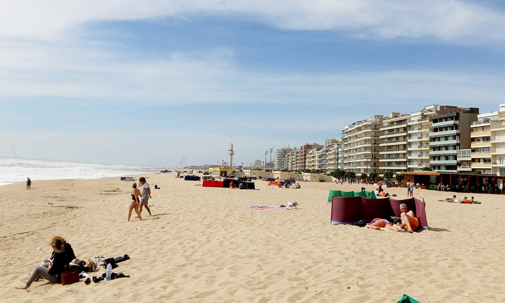 Sete praias da Póvoa de Varzim interditadas a banhos
