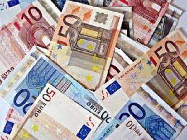 Clientes que não queiram prolongar moratórias têm de informar banco até domingo