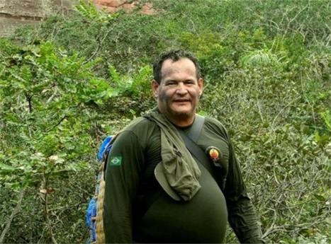 Especialista em povos indígenas isolados morre atingido por flecha no Brasil