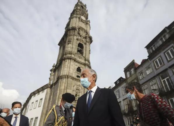 Marcelo Rebelo de Sousa é o visitante cinco milhões dos Clérigos no Porto
