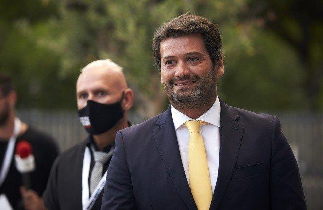 Militantes do Chega reelegem Ventura com 99,1% e maioria diz não à pena de morte
