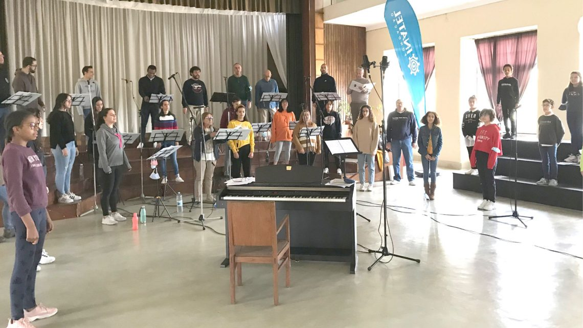 100 alunos de escolas da região gravam CD com o Coro Misto da Beira Interior