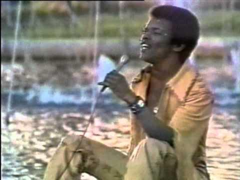 "Outra perda musical: Morreu Johnny Nash, o autor de ""I Can See Clearly Now"""