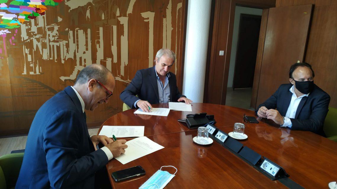 Câmara de Águeda estabelece acordo com a EDP para substituir luminárias