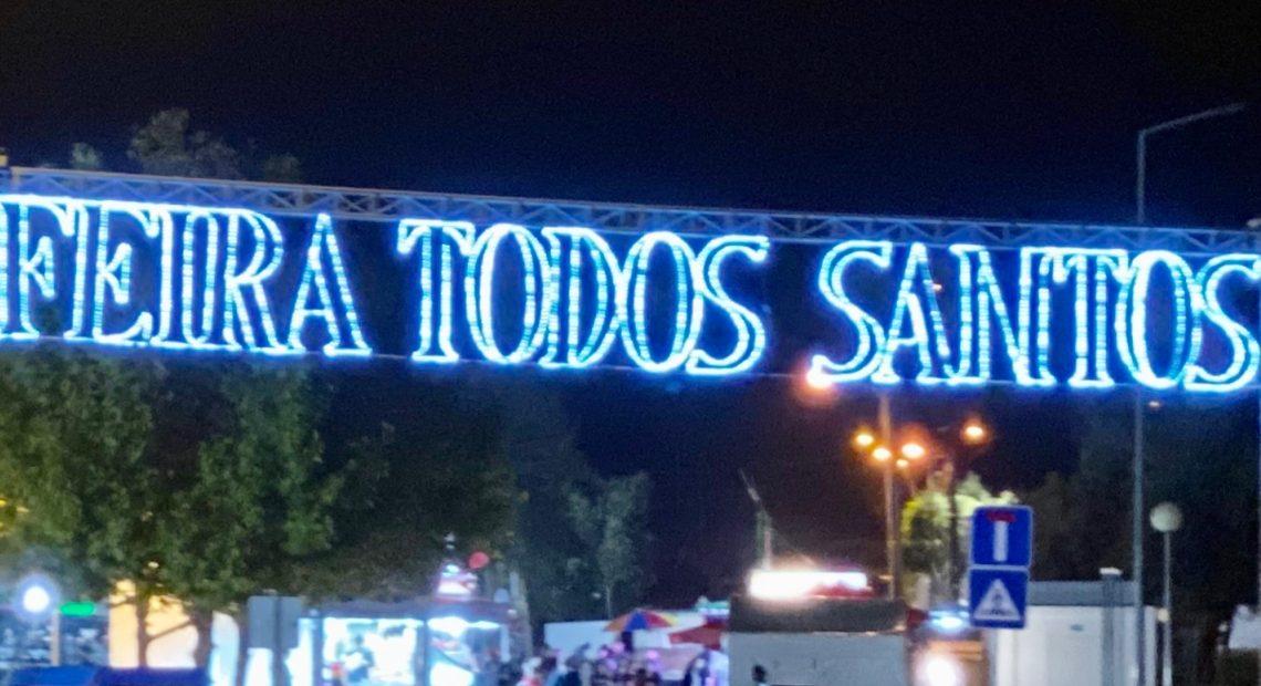 Silves: ILUMINAÇÃO É ACESA PARA ASSINALAR A DATA DA FEIRA DE TODOS OS SANTOS
