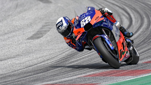 Miguel Oliveira em 13.º lugar no primeiro dia de treinos livres do MotoGP em Portugal